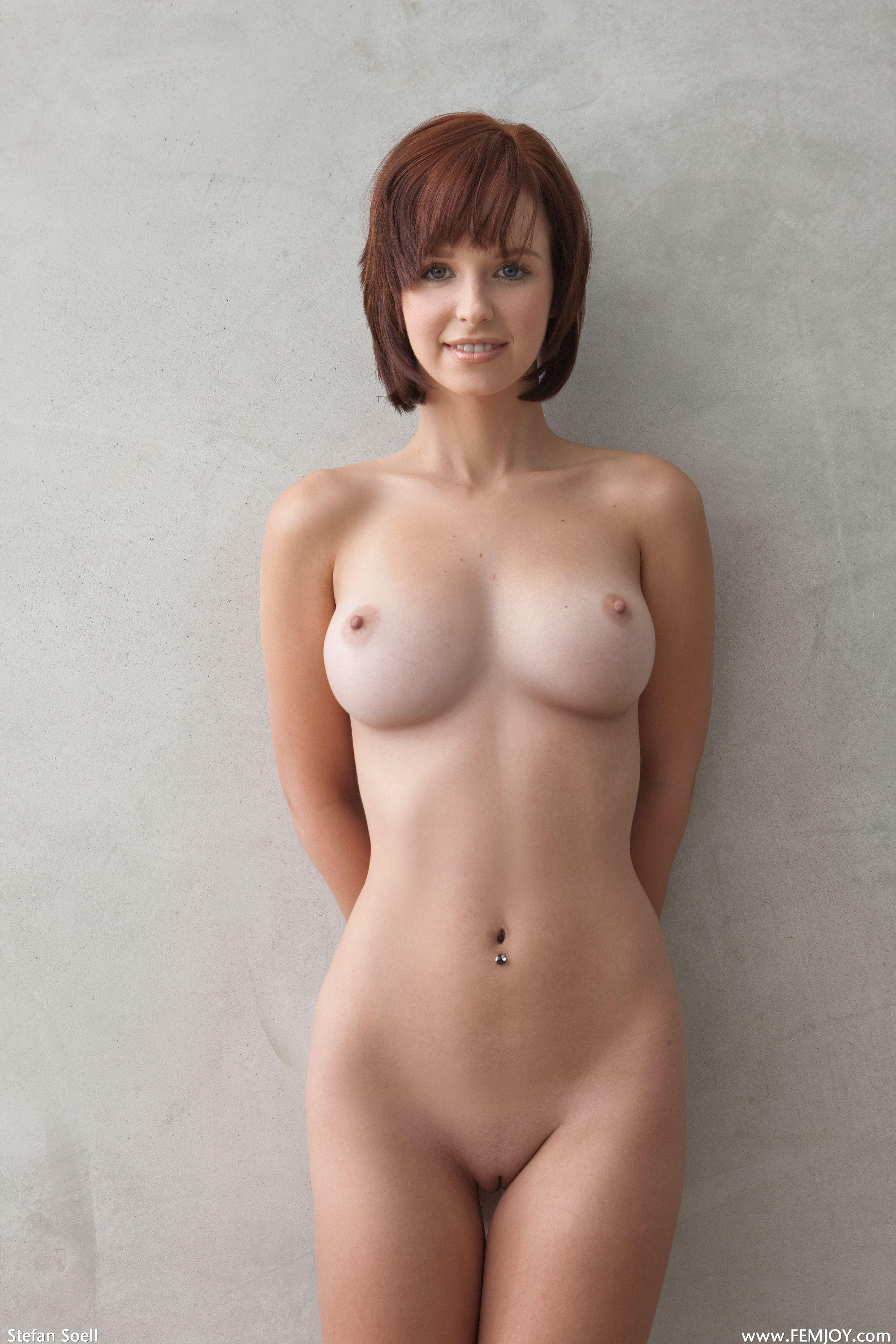 Смотреть фото голой груди третьего размера 18 фотография
